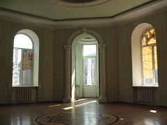 Exclusive 5 room apartment in downtown St. Petersburg. By ul.Vostaniya 35 The building was built in 1883. under the leadership of the famous Russian architect Pavel Yurevich Suzor. Architect known for such a project built in St. Petersburg. As House ...