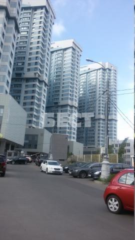Продается 2х комнатная квартира в современном районе Москвы с богатой инфраструктурой, с перспективой дальнейшего развития.Большое количество магазинов и торговых центров разного статуса, спортивные сооружения, почти построена спортивная арена для пр...