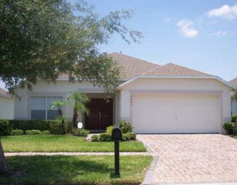 Immaculate 4 Bedroom, 3-1/2 Bath Furnished home in GATED CUMBRIAN LAKES. View of pond from pool deck and 1/2 Bath at the Pool area! Spacious Kitchen with open plan. Close to Disney, shopping and restaurants. Zoned for short-term rental. Home offe...