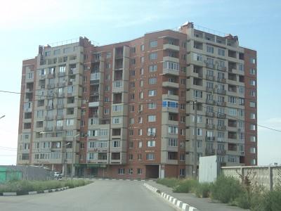 Продаётся однокомнатная квартира улучшеной планировки. 6/10 эт.монол.-кирп.дома.S 48/22/12. С/у раздел.Есть балкон.Средний этаж,домофон,большой тамбур с окном на две квартиры,правильно спланированная внутренняя часть жилого пространства создаёт ощуще...