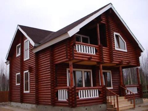 I sell new house with the total area of 170 sq. m. Guarded. Section is flat of correct form, with area 20 hundredths. In the section grow the pine trees, fir trees, birches, ogorozhen. It is located in village Zelentsino, 100 km from MKAD. It is acce...