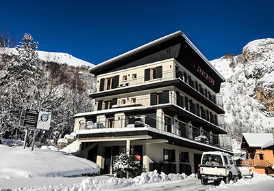 The charming mountain village of Valloire, built around its baroque church, enjoys a beautiful location in the heart of the Galibier mountains. This family-friendly ski area offers a multitude of activities and entertainment for all ages. Book a summ...