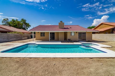 Welcome to this lovely Pool/SPA Home!! Such a perfect starter home or 2nd investment property located in the city of Bermuda Dunes.This Charming Remodeled property features 3 spacious Bedrooms with 2 fully remodeled bathrooms. An Open Floor plan in L...