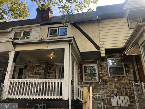 Updated clean 3 bedrooms, 1 bathroom on a quiet block in Upper Darby. Home is being sold