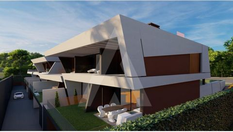 Villa of contemporary architecture inserted in a luxury condominium of six townhouses, situated within walking distance of the golf courses Vila Sol and Dom Pedro Pinhal. With rising solar orientation to the west, modern design and large glazed areas...