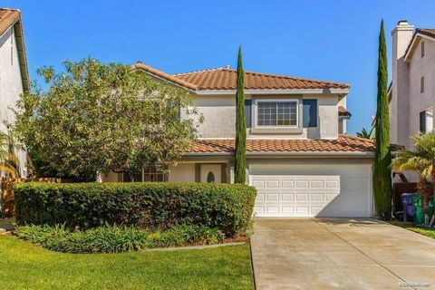 You will love coming home to this beautiful home in Scripps Ranch. A private sitting area at the entrance gives you lots of privacy. The sweeping canyon view will entice you to relax in the backyard. The home features formal living and dining rooms, ...