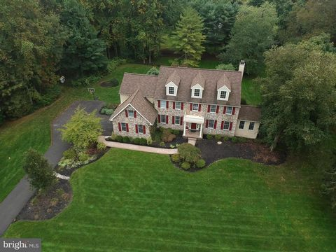 Welcome to 2 Bayberry Circle, a cul-de-sac community of just 8 homes, sitting on a professionally landscaped lot in the award-winning Hatboro-Horsham School District. When you pull up the driveway, you'll notice the stately stone front exterior, deco...