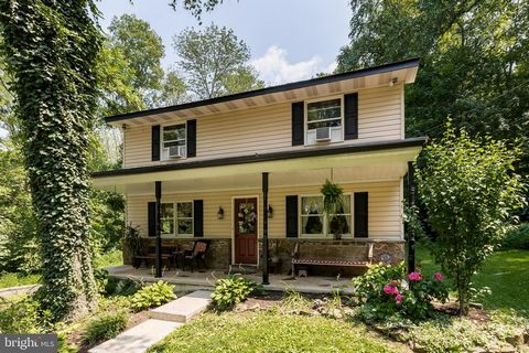 *** Price Drop just in time for the OPEN HOUSE this Sunday 8/8 from 1-3pm***Welcome to 30 Gerloff Rd ! You will be pleasantly surprised with this 5 Bedroom, 2.5 bath home as soon as enter the driveway of this property. The setting and landscape of th...