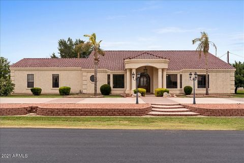 When I say stop the car, I Mean Stop the Car. This home has 4 bedrooms and 2 bathrooms in the main house with an attached casita with its own kitchen, living room, bathroom, and bedroom. Also on the property is a 2 bedroom, living room, kitchen, and ...