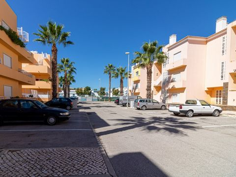 MAKE THE BEST DEAL WITH US T0 apartment, with excellent access and just a short distance from the set of essential services, such as schools, kindergartens, pharmacy, post office, transport and general trade, on the ground floor, two minutes from the...