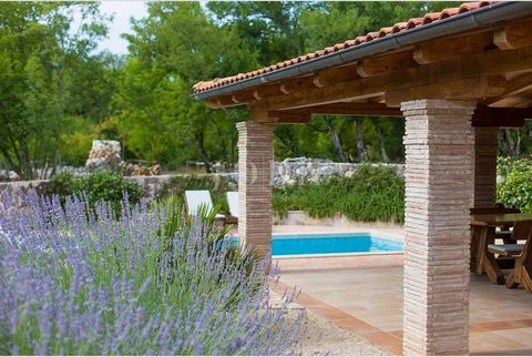 Location: Primorsko-goranska županija, Dobrinj, Dobrinj. The island of Krk, Dobrinj area, renovated authentic old stone villa with beautifully landscaped garden and pool. The villa of 160 m2 of living space consists of the ground floor and first floo...