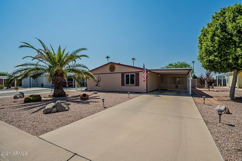 WELCOME HOME! LOCATED IN A DESIRABLE, NO HOA NEIGHBORHOOD. THIS HOME HAS AN OPEN FLOOR PLAN CONCEPT & BEEMS W/PRIDE OF OWNERSHIP. LRG KITCHEN W/ EXTRA COUNTER SPACE & CABINETRY. NEWER MAJOR COMPONENTS- NEW ROOF IN 2017, AC IN 2013, WINDOWS IN 2009, C...