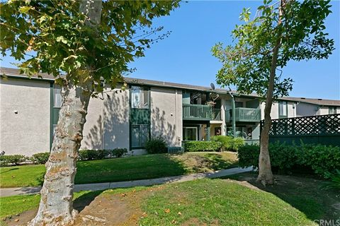 Welcome to Aliso Creek Villas! This first floor condo is a great opportunity! Very nicely upgraded condo with TWO outdoor spaces. Large format tile floors throughout main living area and new luxury vinyl in both bedrooms. Newer kitchen with stainless...