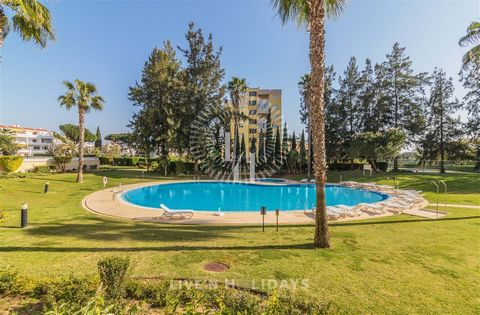 Located in Vilamoura. Ground Floor with pool and garden view, Direct access to the pool for a relaxing swimming and better children vigilance. Air conditioning in the lounge, modern decoration, equipped kitchen, large windows with large entrance of t...