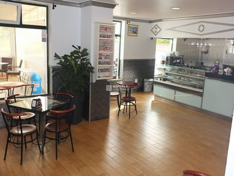 Located in Aljezur. A fully licensed Snack-Bar/Café located on the Aljezur high street with great country views. The property comprises of the main area, kitchen, bathroom and office. Included are also 2 garages and 1 underground parking space. Total...