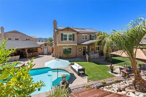 Stunning La Cresta Home just hit the market in Murrieta!! This pristine home features two stories, 4 bedrooms, 2.5 bathrooms, and 2,654 sqft of living space. The first floor features an open-concept kitchen with granite counters and an island, access...