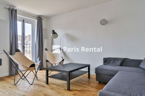 This charming apartment is on the 5th and top floor of a 1900's building. It comprises a bright living room with an opened and fully equipped kitchen,a bedroom, shower room and separated WC. With the modern and stylish furniture, it offers ample stor...