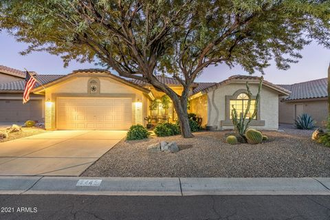 STUNNING HOME! COMPLETELY REMODELED AND UPDATED!! HOME IS GORGEOUS! THE MOMENT YOU PULL UP TO THIS HOME YOU ARE GREETED BY A BEAUTIFUL COURTYARD, ENTER THE HOME AND YOU WILL THINK YOU WALKED INTO A MODEL! THE NEW DARK SHEEN STAINLESS APPLIANCES, WOOD...