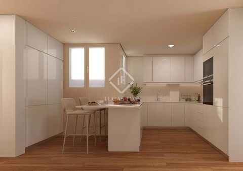 The apartment is part of a new project in a stately mid-twentieth-century building completely renovated with high-end qualities and a modern design. In short, a transformed classic building that enjoys a privileged location, near the centre of Barcel...