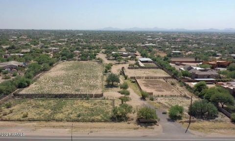 DEVELOPMENT OPPORTUNITY or bring back to life as a working Horse property. RARE 10 Acre Parcel with 400 feet of frontage on Lone Mountain Road. Existing main residence, SOLD ''AS IS'', exists of 4 Bdrm/3.5 Ba, 4,130 SqFt Custom Territorial home w poo...