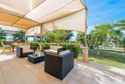 Welcome to this wonderful stoned finca with an outdoor salt pool which is surrounded by great gardens and terraces, and an indoor heated pool. It is perfect for 9 people in maria de la Salut. The impressive 186 m2 house, which mixes a modern style wi...