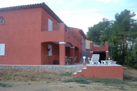 Levels 2, View Unobstructed, Aspect south, General condition Good, Kitchen Open plan, Bedrooms 5, Bathrooms 4, Toilets 2, Living area 60 M², Living 1, Waste water Modern sanitation, Cellar 1, Rates 1500 Euro Electric gates, Interphone, Double glazing