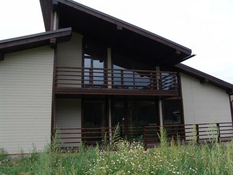 The House is situated in the territory of 13 sq.m in the cottage village