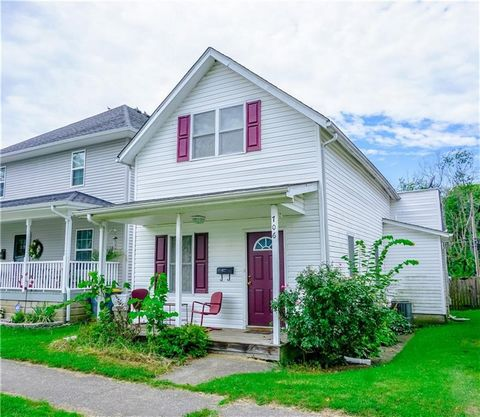 Hurry up and check out this wonderful, affordable 3 Bed, 2 FULL Bath home! The home has many great features and updates that will welcome you the instant you step inside. The Master Bedroom is located on the main floor and features an attached bath. ...