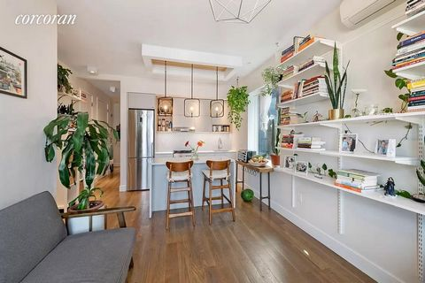 Experience luxury living in the first high-end condo in Prospect Park South. Residence 5C offers an open-concept layout with remarkable attention to detail at every turn. Spacious and bright; this high floor 2 bedroom, 1.5 bath boasts plentiful natur...
