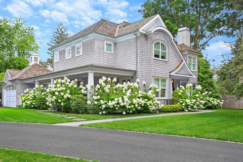 This is it - the location and home you've been waiting for in Riverside! Move right into this 2017 Shingle Style bright and sunny home that has been impeccably maintained with recent updates including; Sonos system, landscape lighting and new floorin...