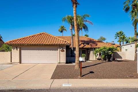 Don't miss this great opportunity to own a home in the Spanish Wells subdivision in the highly sought-after 85254 zip code. Scottsdale address with Phoenix services and taxes. Beautiful 3 bedroom 2 bathroom home with a split bedroom floor plan and pr...