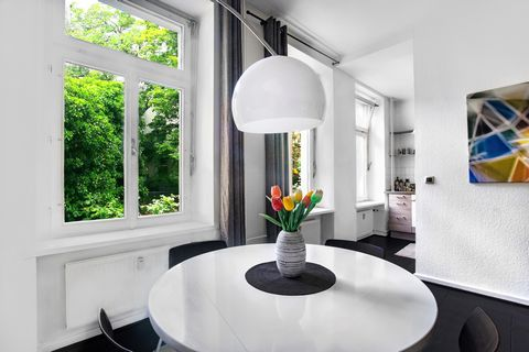 Features: Popular location near Schillerkiez in Neukölln Light flooded apartment Well-kept period building Parquet floor Equipped open-plan kitchen Optimized floor plan Excellent public transport connections Discover this beautiful 2-room apartment l...