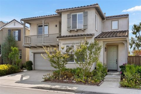 50 Trail Canyon has the top-of-the-hill panoramic view rarely available for this size of home. This classic California-Mediterranean 4-bedroom sits on a cul-de-sac and is surrounded by stress-free and drought-resistant succulents.When you enter the ...