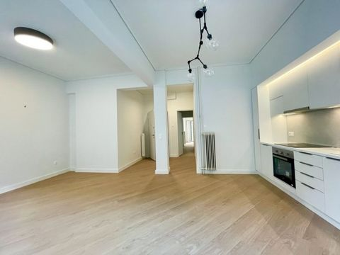 Athens, Pagrati, Apartment For Sale, 70 sq.m., Property Status: Refurbished, Floor: 2nd, 1 Level(s), 2 Bedrooms (1 Master), 1 Kitchen(s), 1 Bathroom(s), Heating: Central - Petrol, View: Cityscape, Building Year: 1975, Energy Certificate: D, Floor typ...
