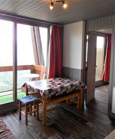 La résidence Vanguard Soyouz, avec ascenseur, se trouve dans la station du Corbier. Elle est idéalement située face au jardin d'enfants et à 150 m des commerces (traiteur et supermarché dans la galerie). L'école de ski et le centre de la station sont...