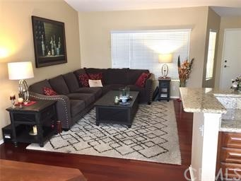 Beautiful 2 Bedroom, 2 Bathroom Condo in Gated Canyon Villas in Aliso Viejo. Top floor, end unit with no one above or below. Open Floor plan from Kitchen, Family Room and Dining area. Newly Painted, Light and bright interior with Granite Countertops ...