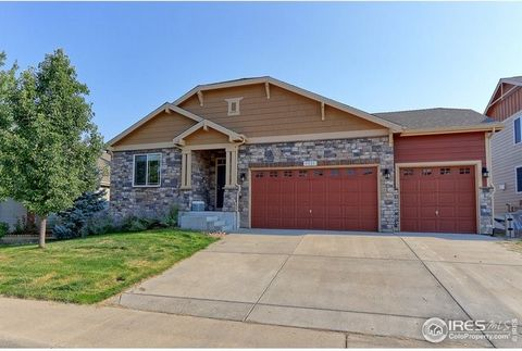 his is a DEAL. Price includes a paid for $40,000 12.6 KW solar system. The house needs some work but is mostly cosmetic like paint, carpet, etc. Very rare ranch style home with this much square footage for this price. Mostly finished basement. Seller...