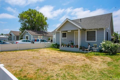 3 Individual Single Family Homes on Large Commercial Lot of 18,295 Sq. Ft. on 1 Assessor Parcel. First Home @ 7906 Liberty is 2 Bedroom with 1 Bath, 2 Car Detached Garage with Attached Studio Unit with Separate Entrance with 3/4 Bath, This Home Needs...