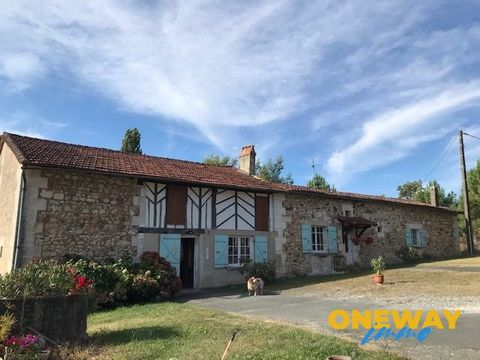 GREEN PERIGORD, LONGERE in local stones, 220 m2 living space, convertible attic, 50 m2 living room, 50 m2 kitchen, two large bedrooms, VERY LARGE bathroom, Italian shower, double sinks, wc, summer kitchen, Fireplace, With exit to FLOWERED AND COVERED...