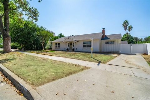 Come dive in and have it YOUR way in this charming Single Story Pool home on Haverhill Court located in a desirable area in Riverside. This Gem is quietly tucked in on a Cul-de-sac and sits on .24 acres with a splashing pool for those summer days and...