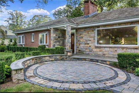 Welcome home to this updated, freshly painted Custom Brick/Stone Gem located on a private acre in the Heart of Purchase. This energy efficient home w/picturesque views offers convenient first floor living, a mother/daughter setup, stainless steel che...