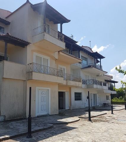 For sale unfinished maisonette of 480 sq.m. on the plot of 1500 sq.m. in Ag. Anargyri, Kapandriti, Oropos. The property is part of a residential complex. The residence is overlooking the Euboikos and the lake of Marathon. 5 minutes from the center of...