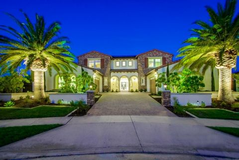 Your dream cul-de-sac Estate awaits! Located in the luxurious community of Stonebridge Estates with unobstructed mountain views, this 5-bedroom, 7-bathroom San Clemente Tuscan home is like no other. Enter through double-doors into a stunning 22'-ceil...
