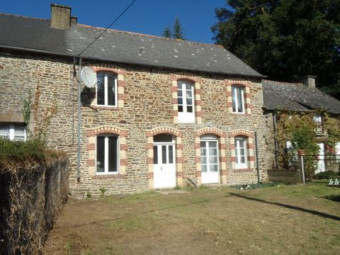 Ref. RH-3239 Located within easy walking distance of the popular Morbihan village of Guilliers is this three bedroom terraced property. The house is south facing so benefits from being very light and bright. The property offers a good sized lounge, f...