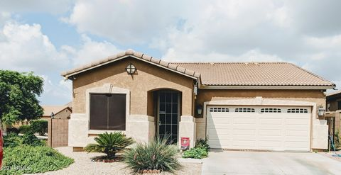 Come check out this 3 bed/2 bath corner lot in a gated community full of amenities! Community pool, spa, and fitness center. Garage has it's own A/C unit, screened in patio out back with a blank canvas, and new tankless water heater.