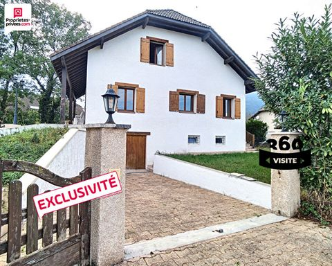 Exclusivity only in Proprietes Privees : Detached house in St-Jean-de-Gonville (01630) - EUR 650,000 You will be seduced by the charm and the volumes of this traditional house located in a quiet subdivision in St-Jean-de-Gonville, close to schools, s...