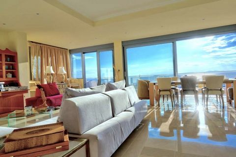 Vouliagmeni, Kavouri, unique penthouse apartment For Sale, 219 sq.m., On a plot of 980 sq.m. The apartment is made in 2013 and is made with top quality materials. From the living room overlooks the sunset overlooking the sea, and has a comfortable ba...