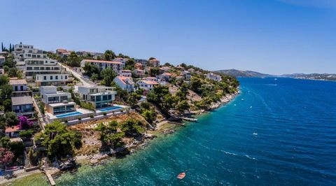7 Luxury Villas for Sale in Okrug Donji Dalmatia Croatia Euro Resales Property ID: 9826513 Property Location Osoje III Okrug Donj Dalmatia 21223 Croatia Property Details 7 luxury Seafront Villas from € 1.300.000,- until € 2.650.000,- Completion Date:...