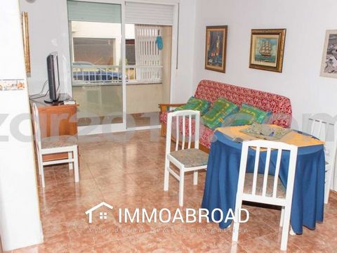 • Beautiful ground floor apartment in a newly built building (2005) with lift, access adapted for the disabled and very few neighbors. Located on Calle Alfonso XIII in Garrucha, 350 meters from the main shopping streets of Garrucha, Calle Mayor and P...