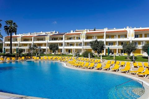 Hotel for sale located on the island of Mallorca, in the village of S'Arenal, 750 metres from the beach. There are 109 rooms, as well as bar-lounge with terrace, restaurant, solarium, outdoor swimming pool with children's area, and a games room. For ...